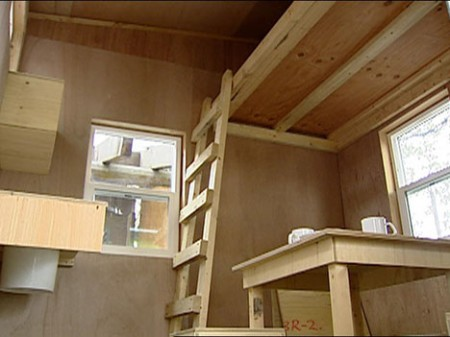 emily_carr_homeless_housing_project_interior-450x337.jpg